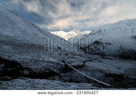 Trek In Nepal. Annapurna Cirkut Trek. The Most Beautiful Trekking On The Himalaya Mountains.  Annapu