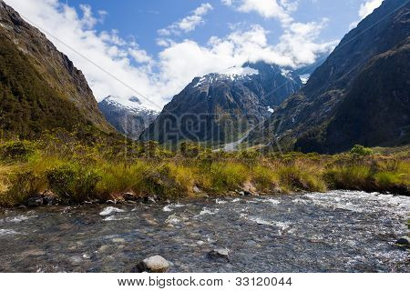 Hollyford River valley in Fjordland NP, NZ