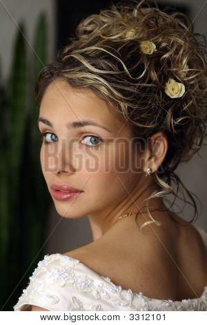 Vackra brud på bröllopsdagen