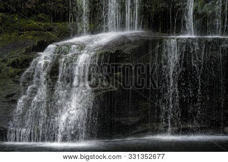 Sgwd Yr Pannwr Waterfall,brecon Beacons National Park,wales