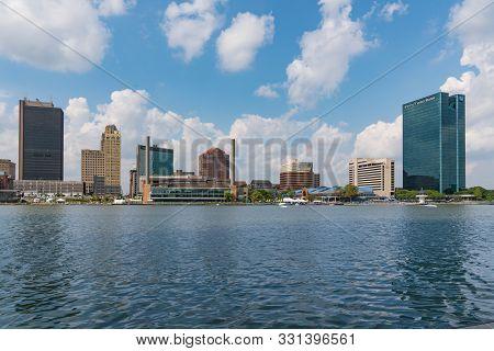 Toledo, Oh - September 21, 2019: Skyline Of Toledo, Ohio Along The Maumee River