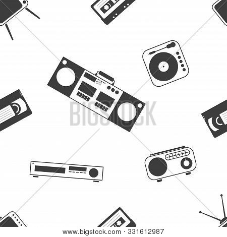 Retro Home Electronics Set Seamless Pattern, Black And White Flat Objects Of Old Style 80s And 90s I