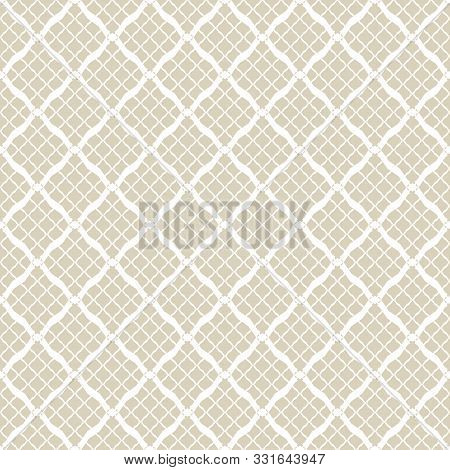Golden Grid Geometric Seamless Pattern In Arabian Style. Luxury Vector Abstract Background. Simple G