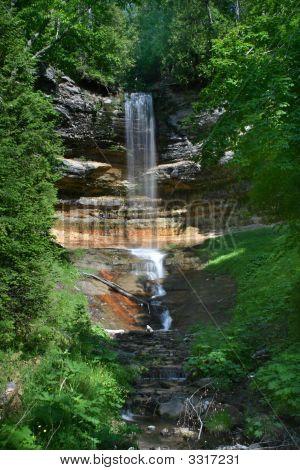 Muinising Falls