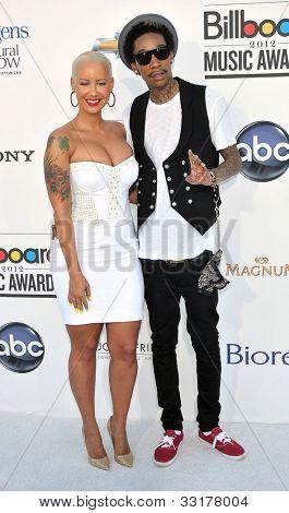 LAS VEGAS - MAY 20:  Amber Rose, Whiz Khalifa arrives at the 2012 Billboard Awards at MGM Garden Arena on May 20, 2012 in Las Vegas, NV