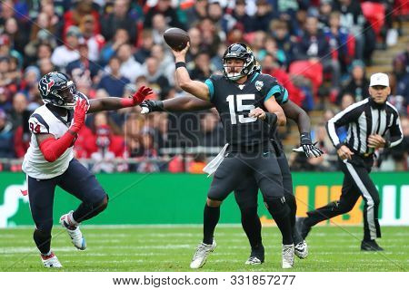 LONDON, ENGLAND - NOVEMBER 03 2019: Jacksonville Jaguars quarterback, Gardner Minshew (15) during the NFL game between Houston Texans and Jacksonville Jaguars at Wembley Stadium