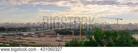 Novosibirsk, Siberia, Russia - 05.25.2020: Panorama Of Novosibirsk From The Left Bank Of The Ob Rive