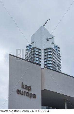 Frankfurt Am Main, Germany-august 23, 2021: Kap Europa Congress Center And Grand Tower Skyscraper, F