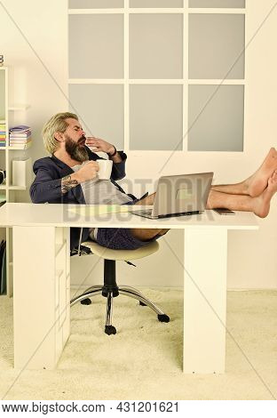 Working With Pleasure. Remote Job. Online Communication. No Pants. Online Business. Hipster Man Tous