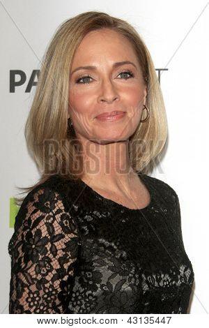 LOS ANGELES - MAR 9:  Susanna Thompson arrives at the