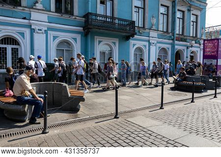 St. Petersburg, Russia - July 09, 2021: Guests And Residents Of St. Petersburg In The Embankment Of