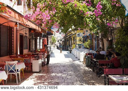 Antalya, Turkey - 2 August 2021: Streets Of The Old Town Of Kaleici. Street Cafes And Shops For Tour