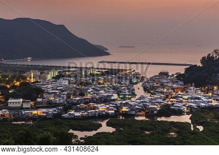 Landmark Tai O Fishing Village In Hong Kong At Dusk
