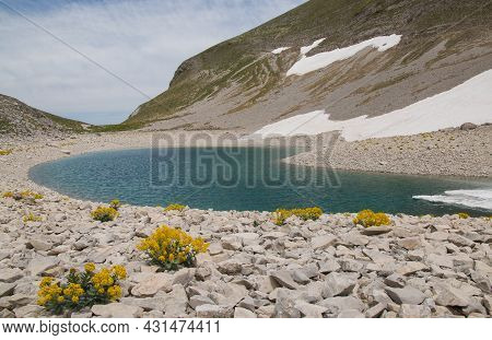 Idyllic View Of Little Lake (lago Di Pilato) In The National Park Of Monti Sibillini