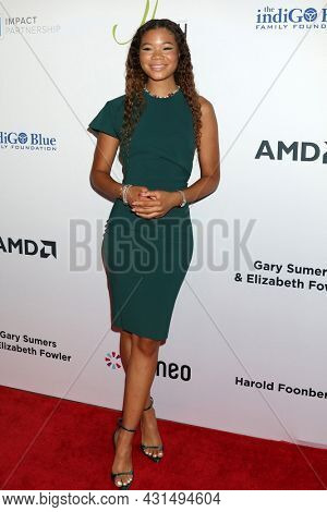 LOS ANGELES - AUG 20:  Storm Reid at the 21st Annual Harold and Carole Pump Foundation Gala at the Beverly Hilton Hotel on August 20, 2021 in Beverly Hills, CA