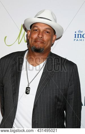 LOS ANGELES - AUG 20:  David Justice at the 21st Annual Harold and Carole Pump Foundation Gala at the Beverly Hilton Hotel on August 20, 2021 in Beverly Hills, CA