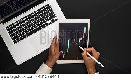 Data Analysis. Finance Application For Sell, Buy And Analysis Profit Dividend Statistics. Investment