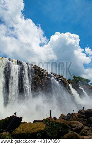 Most Stunning Waterfalls Around The World, Most Attractive Waterfalls Photography In The World Durin