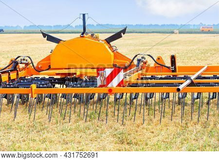 Trailed Agricultural Implement For Even Soil Distribution, Cutting Straw After Harvest And Significa