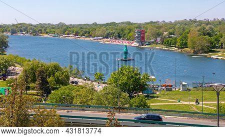 Belgrade, Serbia - May 09, 2021: Recreational Lake Ada Ciganlija At Sunny Spring Day In Belgrade, Se