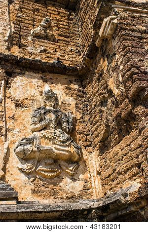 Buddhas On The Wall