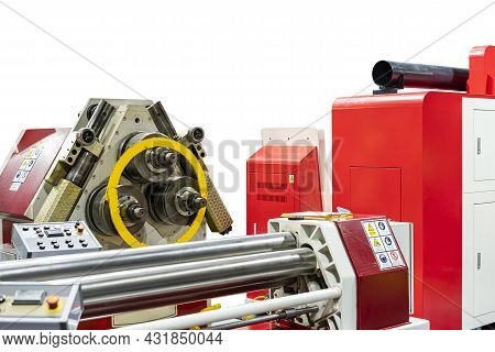 Flat Bar Bending Circle Shape By Angle Rolls Bender Machine For Manufacturing Process And Front Cnc