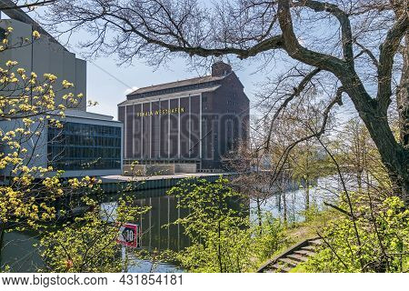 Berlin, Germany - April 20, 2021: Berlin-spandau Shipping Canal With The Building Of The Westhafen P