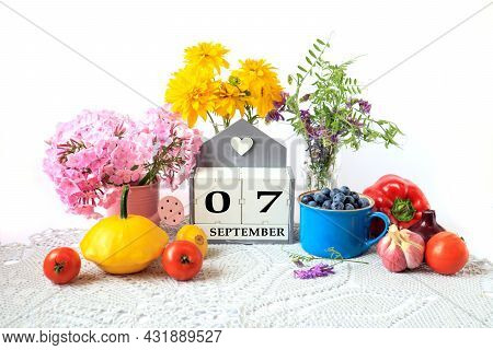 Calendar For September 7 : The Name Of The Month In English, Cubes With The Numbers 0 And 7, Ripe Ve