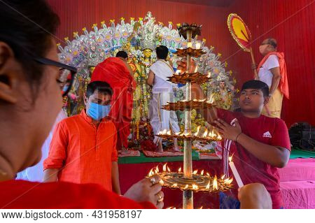 Howrah, West Bengal, India - 25th October 2020 : Goddess Durga Is Being Worshipped By Hindu Priest.