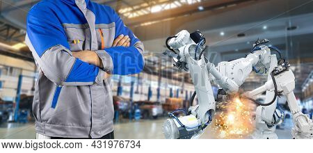 Supervisor Robotic Arm Industry In Parts Manufacturing Plants