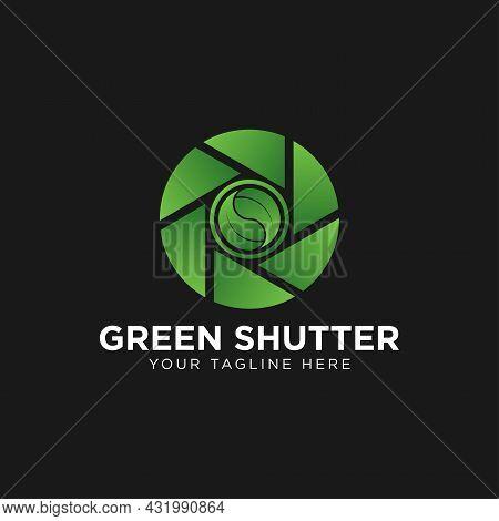Leaf And Shutter Lens For Nature Photographer Logo Design
