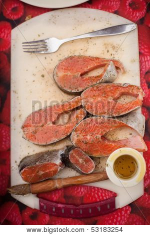 Salmon chops and olive oil