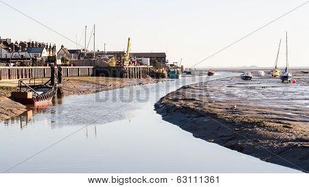 Leigh On Sea creek