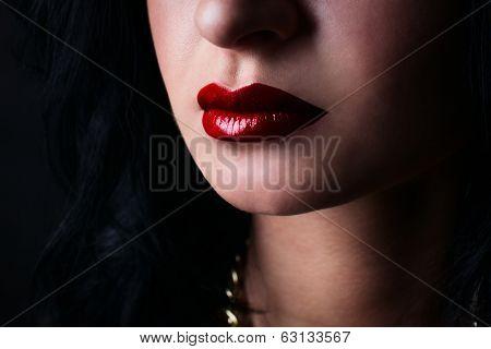 Red Lips Brunette. Fashion