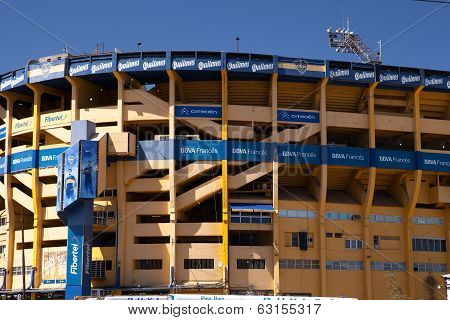 LA BOMBANERA, BUENOS AIRES - MAR 12 2014 : The Boca Juniors stadium lies in wait for match-day.