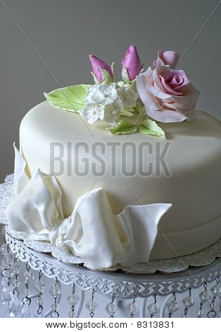 Cake with sugar flowers