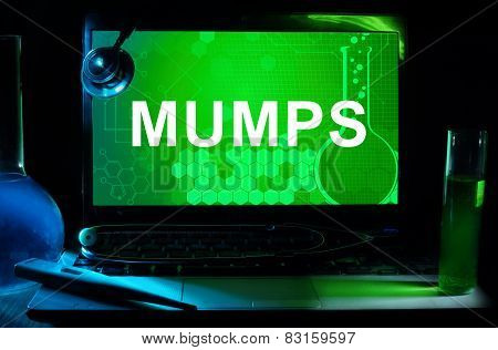 Computer with word Mumps.