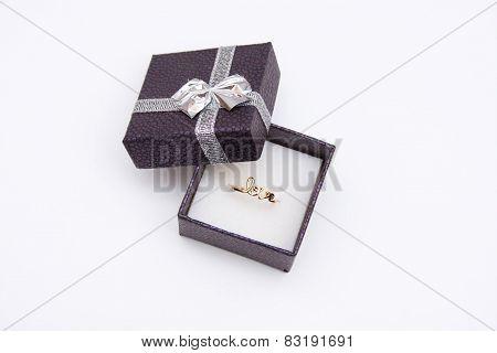wedding ring,