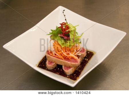 Sashimi From Tunny-Fish Whith Sauce Mitsuisa