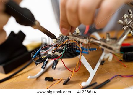 Welding wire of electronic parts drone