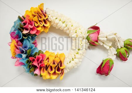 Crown Flowers and Roses Garland, Thai garland