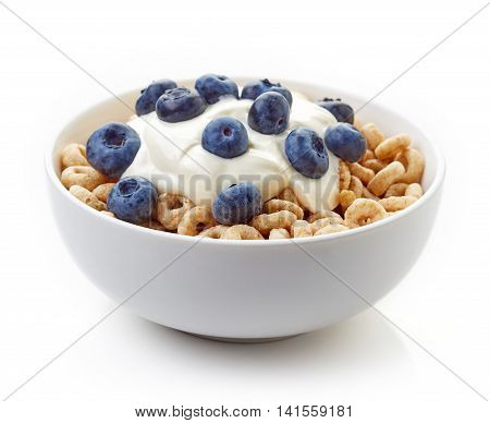 Bowl Of Whole Grain Cheerios Cereal With Blueberries And Yogurt