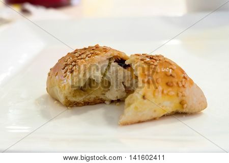 Turkish recipe: Mini bun pastry with cheese filling