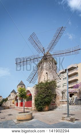 Windmill In Quattro Molinos