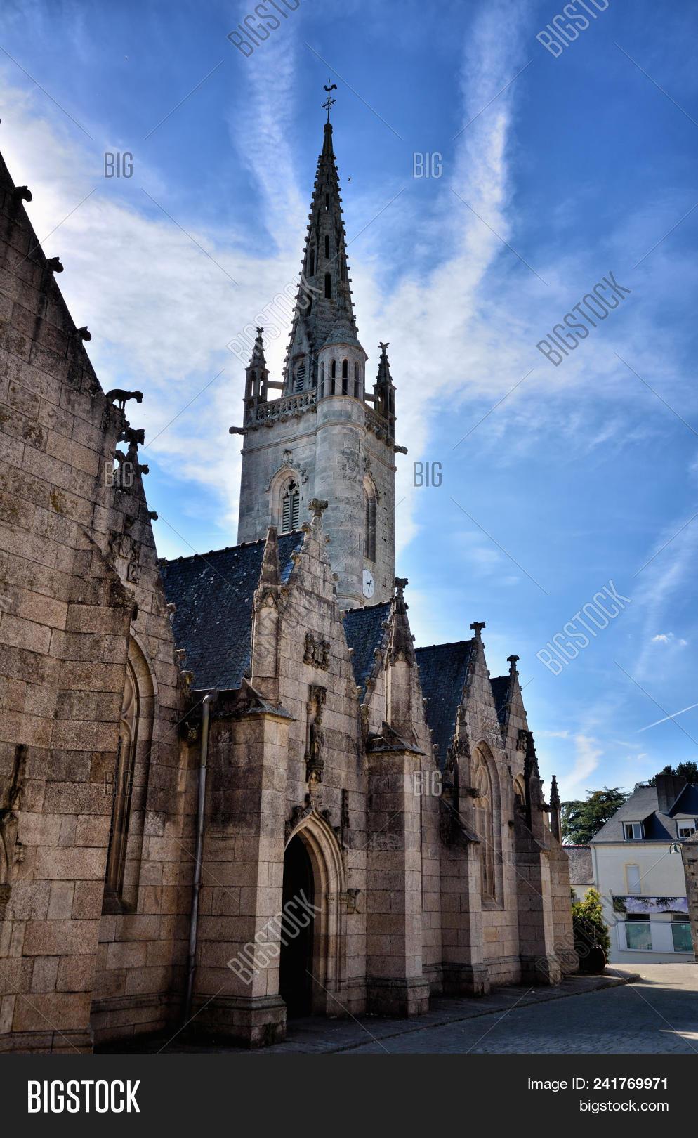Architecte Cotes D Armor mur-de-bretagne little image & photo (free trial) | bigstock