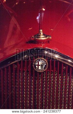 Naples, Florida, Usa - May 5, 2018:  Red 1934 Alfa Romeo Tipo 8c 2300 Corto Touring Displayed At The