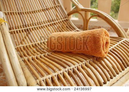 towel braided