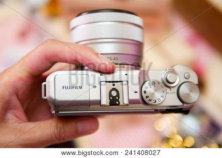 Bangkok, Thailand - February 20, 2018: Hands On Fujifilm X-a5, The Latest Mirrorless Camera X-a Seri