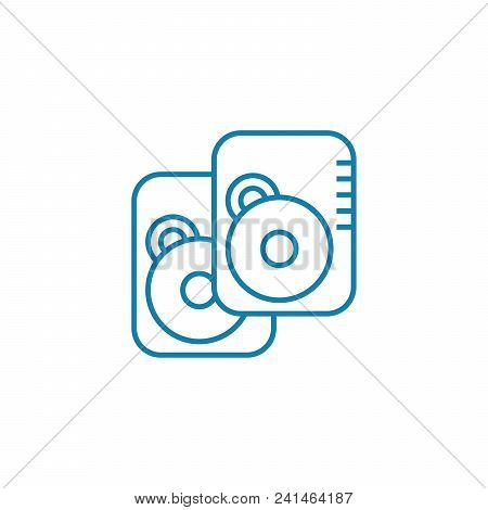 Data Storage Devices Line Icon, Vector Illustration. Data Storage Devices Linear Concept Sign.