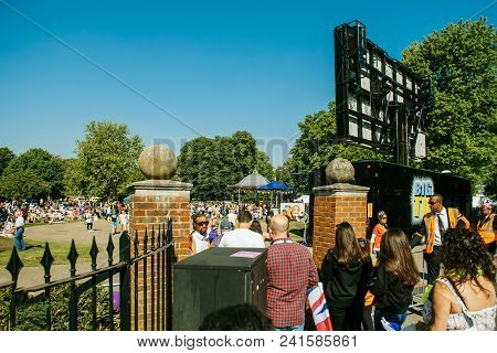 Windsor, Berkshire, United Kingdom - May 19, 2018: Security Cheks At The Entrance To Live Streaming